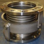 Single gimbal expansion joint
