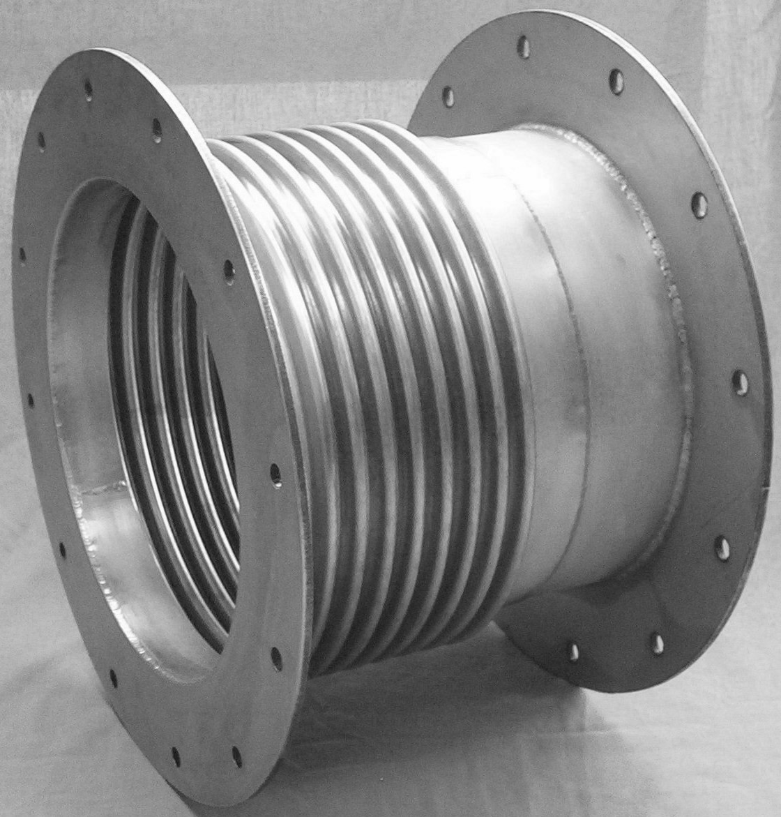Stainless steel expansion joints slurry